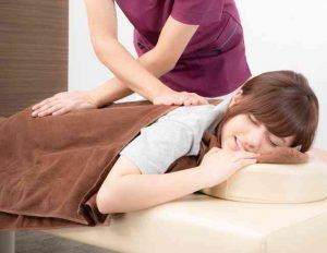 ズボラな人必見!寝ながら肩こりが解消する方法教えます
